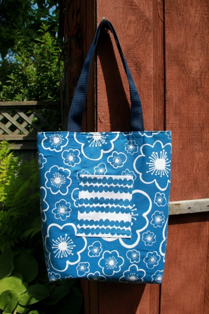 Tote Bag with crooked pocket!