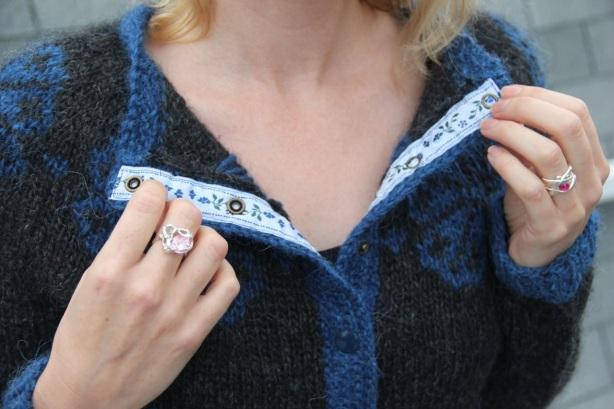 Brynja sweater - ribbon detail