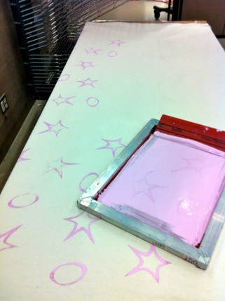 Silk screen layer #1: circles and stars in lilac