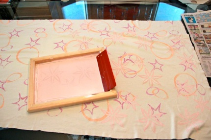 Silk screen layer #3: light pink flowers