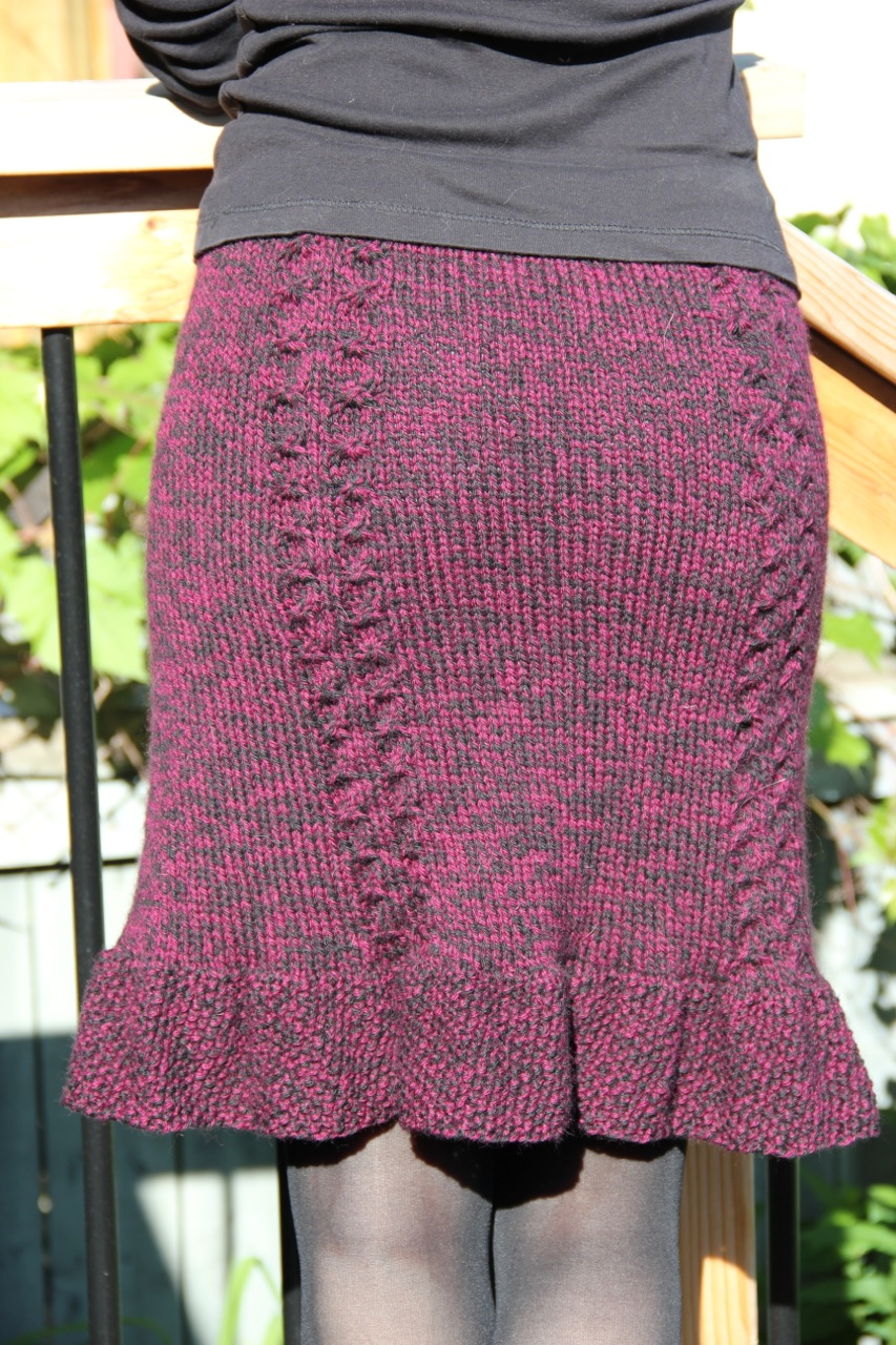 Free Knit Skirt Pattern : knit skirt patterns Frivolous at Last