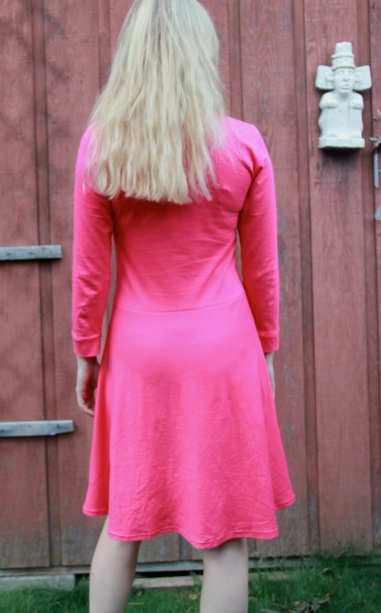 pinkladyskaterback