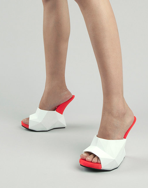 """Float"" 3D-printed shoes from United Nude"