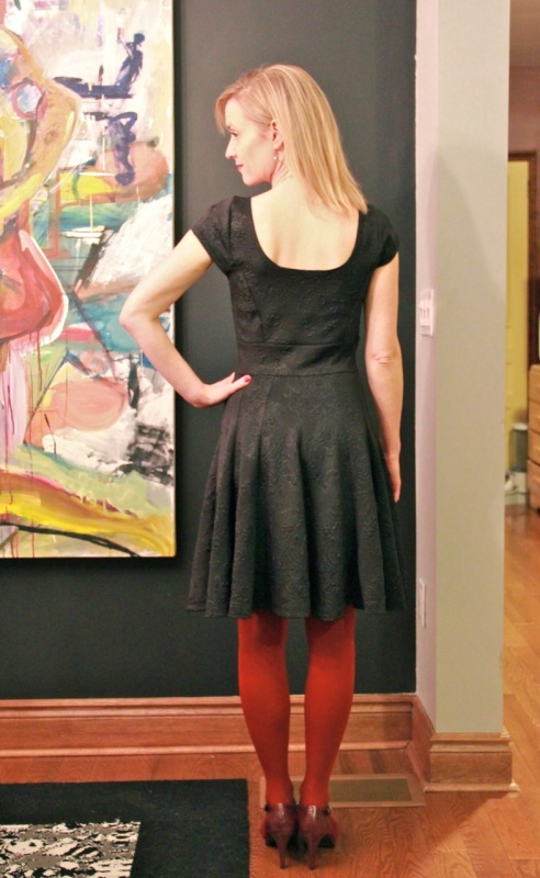 v8998 dress