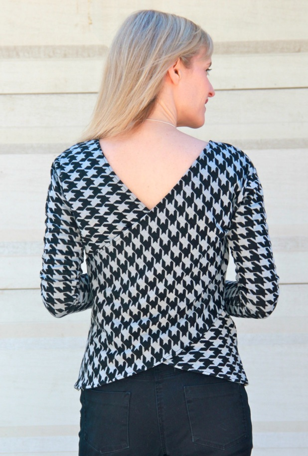 McCall's 7127 houndstooth crossover top