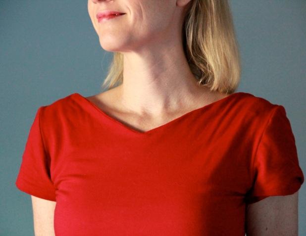 reddress_neckline