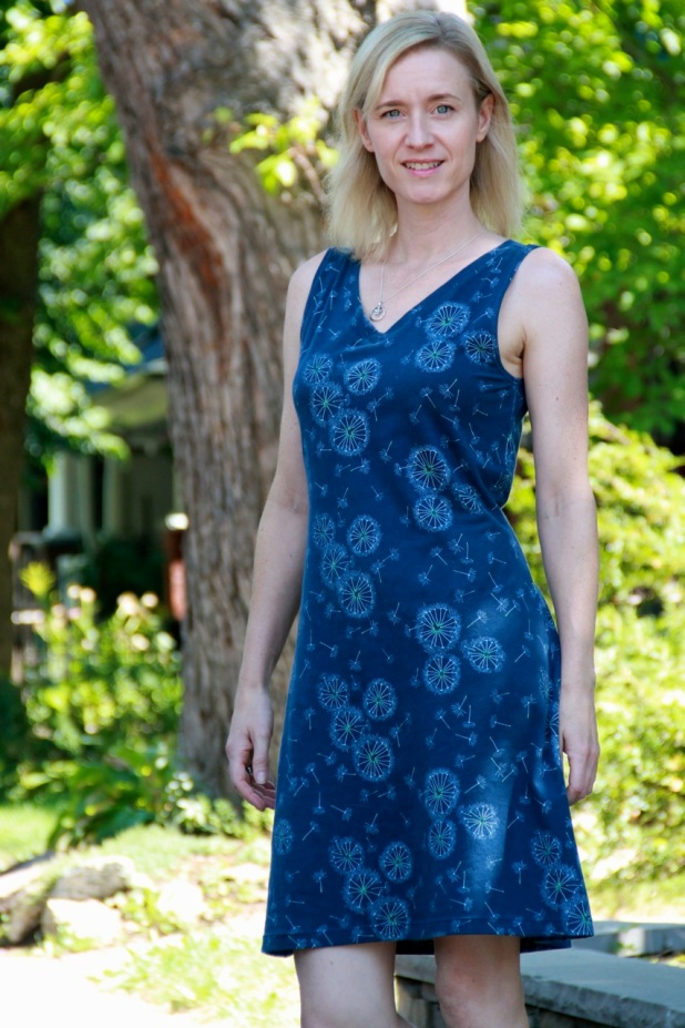 NewLook 6210 dress in Art Gallery Tiny Dancer fabric in Midnight