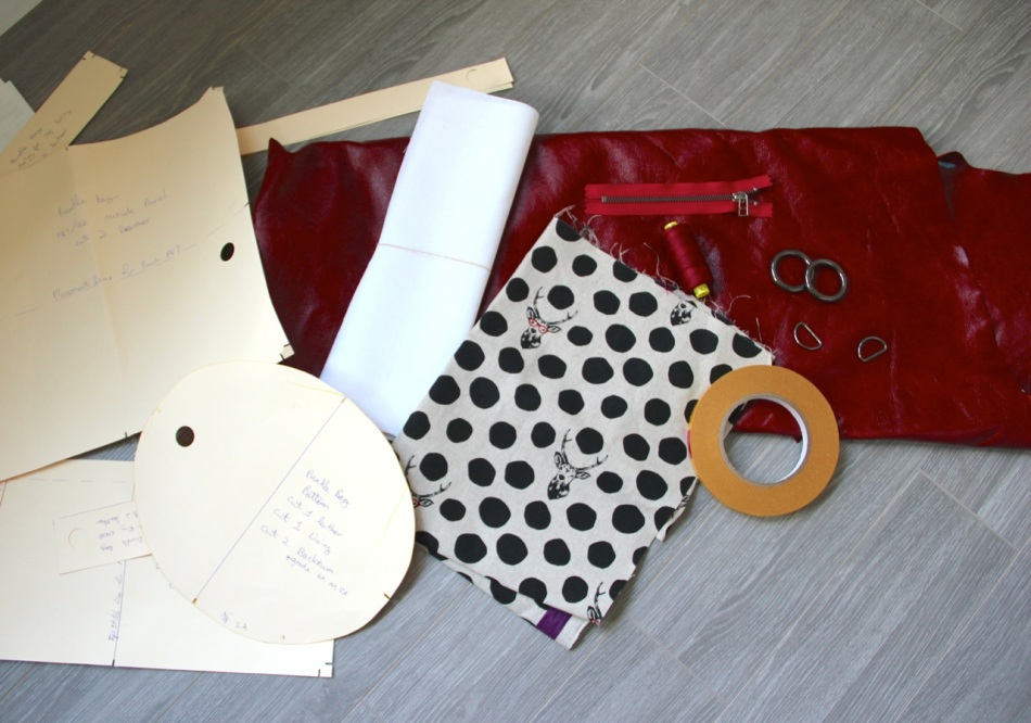 the materials for making the leather bag