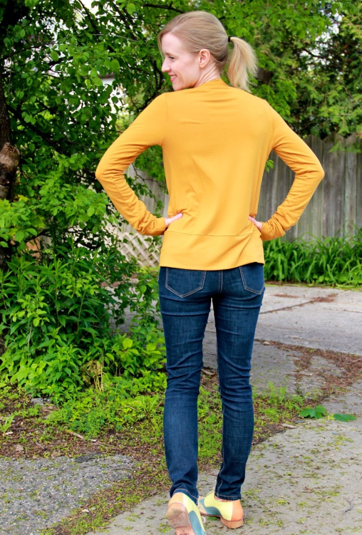 blackwoodcardigan_mustard_back