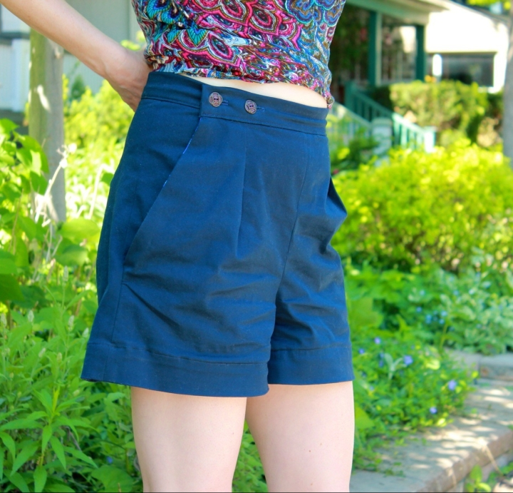 Frivolous At Last - Megan Nielsen Flint Shorts