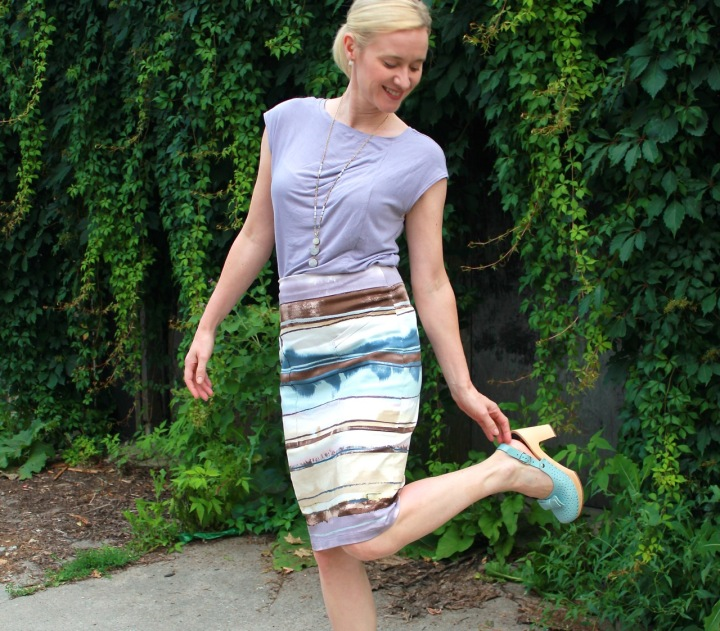 Frivolous at Last: Alberta Street Pencil Skirt and Style Arc Lotti top