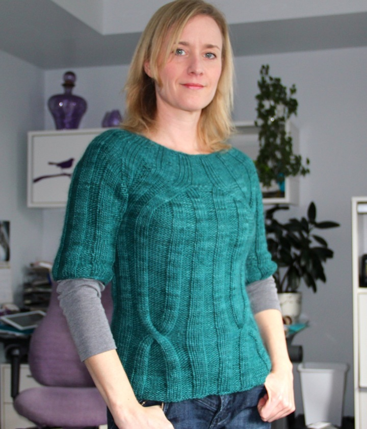 Frivolous at Last - Ribbed sweater in green
