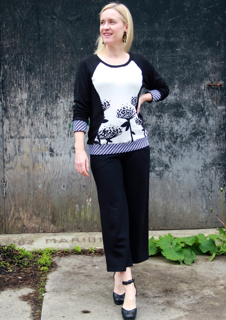 Frivoloust at Last - Simplicity 0315 Sweatshirt and Friday Pattern Company Joan Trousers