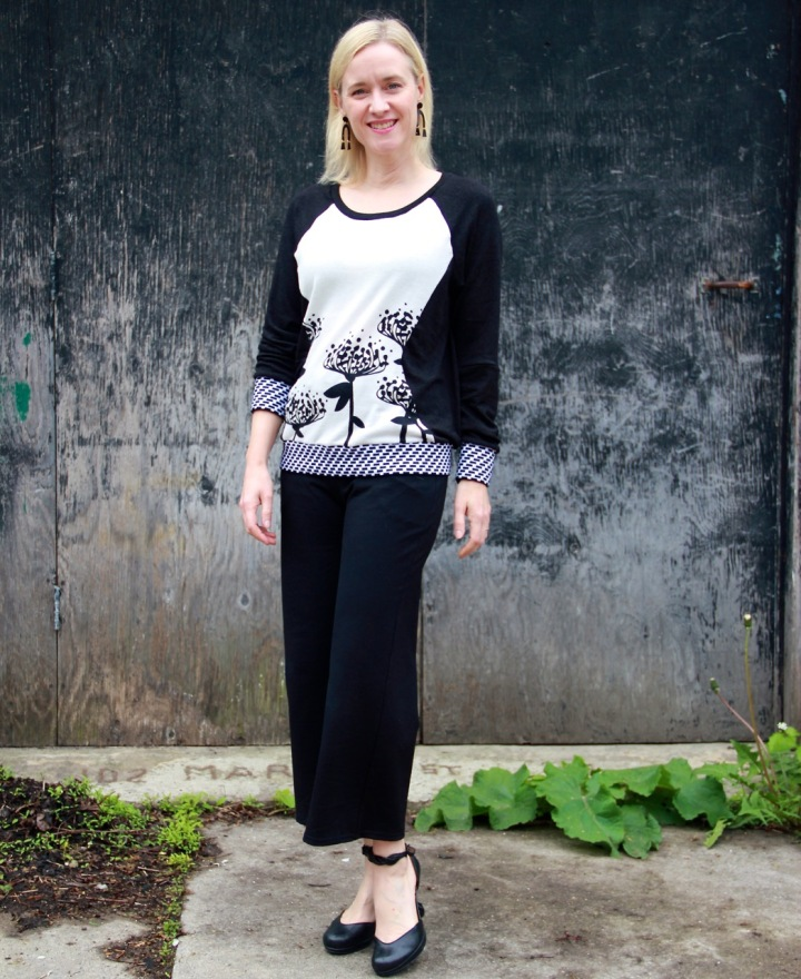 Frivoloust at Last - Simplicity 0315 Sweatshirt and Friday Pattern Company Joan Trousers