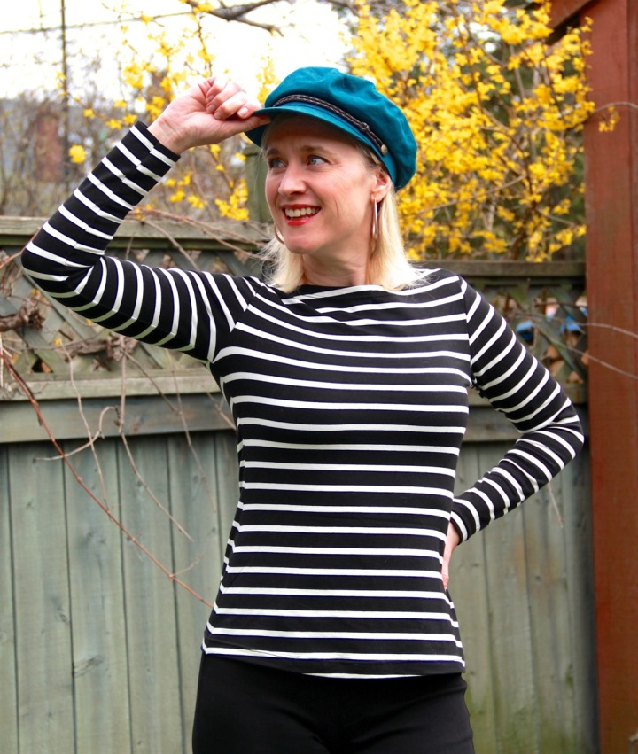 Frivolous at Last - Maven Patterns Somerset Top - black and white stripes